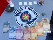 Homem é preso pela Polícia Militar acusado de tráfico de drogas