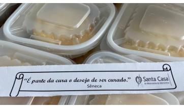Humanização hospitalar: Santa Casa produz e distribui fatias húngaras a pacientes