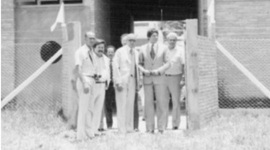 Antigo Centro Social Urbano (CSU), em obras. Espaço foi um marco em serviços de lazer e recreação para a comundiade (Reprodução).
