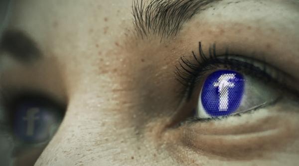 Coisos/as, Facebook e outros desencontros...