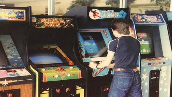 Copacenter e Colibri: entre fliperamas e videogames