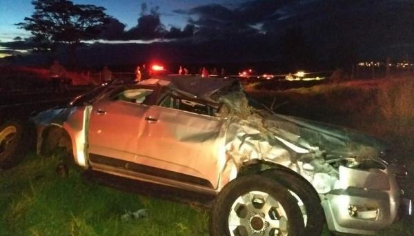 Veículo GM Chevrolet S-10, onde estavam os cinco ocupantes, vítimas do acidente (Foto: Comdec/Martinópolis/Reprodução G1).