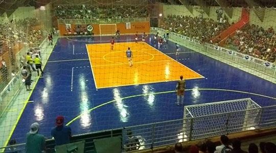 Partidas da 13ª Copa Unipedras/UNIFAI de Futsal acontecem no Ginásio Municipal de Esportes Paulo Camargo (Arquivo).