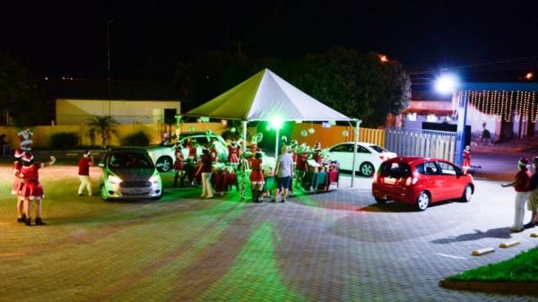 Drive-thru da Escola Cristã de Ensino: celebração e emoção, no encerramento do ano letivo de 2020 (Fotos: Maikon Moraes/Siga Mais).