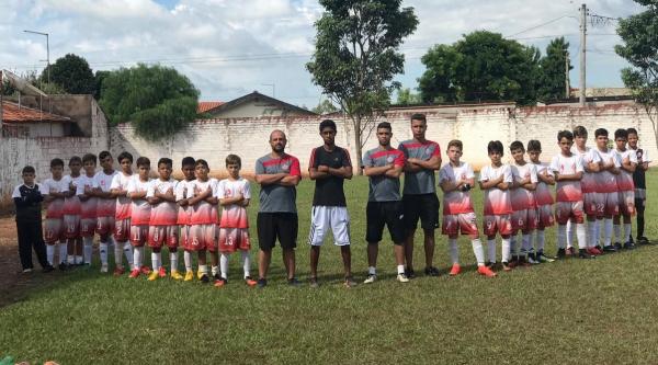 Equipe Guarani Capaz/Fratellos participa com destaque da 2ª Copa Internacional de Avanhandava de Futebol de Base (Fotos: Da Assessoria).
