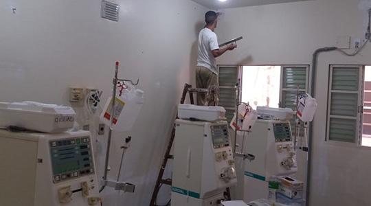 Hemodiálise da Santa Casa de Adamantina, sob revitalização com reeducandos do semiaberto de Pacaembu (Fotos: Cedidas).