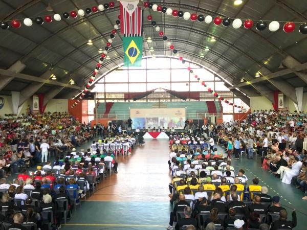 Abertura do JORI reuniu as delegações de 61 cidades das regiões de Presidente Prudente, Marília e Assis (Foto: Maikon Moraes).