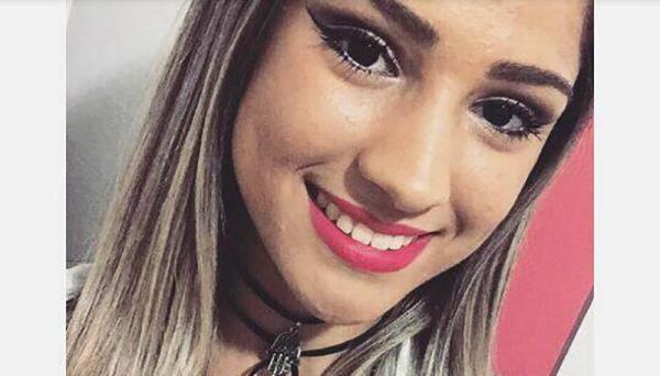Thainá Mesquita, 18 anos, residente em Osvaldo Cruz, morreu vítima de acidente de trânsito, no trevo da cidade (Foto: Reprodução/Redes Sociais).