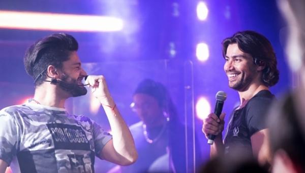 Munhoz & Mariano sobem ao palco do Recinto Poliesportivo nesta quarta-feira, em Adamantina, no show de 1º aniversário da Massa FM (Foto: Arnaldo Muniz/Divulgação).