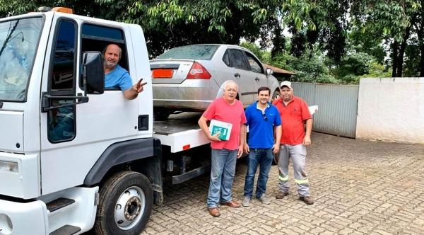 Veículo Ford Fiesta já foi recebido pela clínica PAI Nosso Lar (Foto: Divulgação).