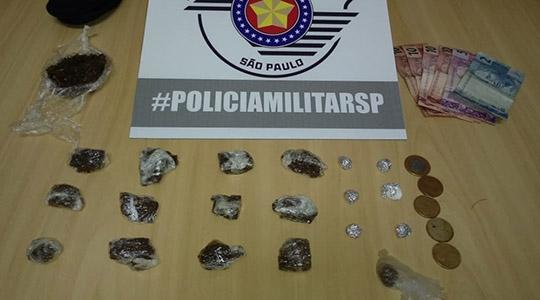 Grupo estava com drogas, que seriam comercializadas em evento que acontece na cidade de Lucélia (Cedida/PM).
