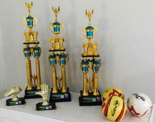 Troféus que integrarão a expressiva premiação do Torneio Pablo Rafael (Divulgação).