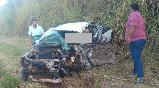 Vítima fatal estava na pick-up Saveiro, com placas de Itapeva/SP (Fotos: Cedidas).