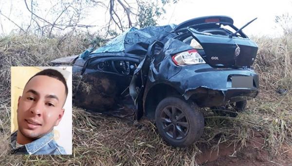 Alan Medeiros Palomo morreu no acidente (Foto: João Mário Trentini e Facebook).