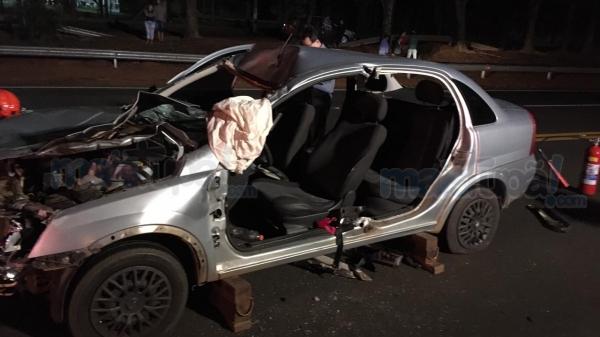 Veículo teve a rota interceptada por animal solto na pista (Foto: Diego Pereira ? Mais Tupã!).