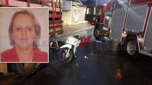 Após o acidente mulher foi socorrida e morreu no hospital (Foto: Diego Pereira ? Mais Tupã!).