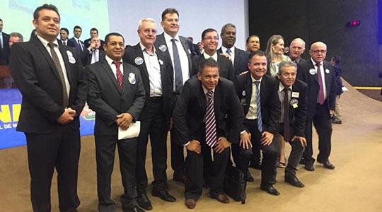 Grupo de prefeitos de cidades da Nova Alta Paulista nesta terça-feira (3) em Brasília (Cedida/Amnap).