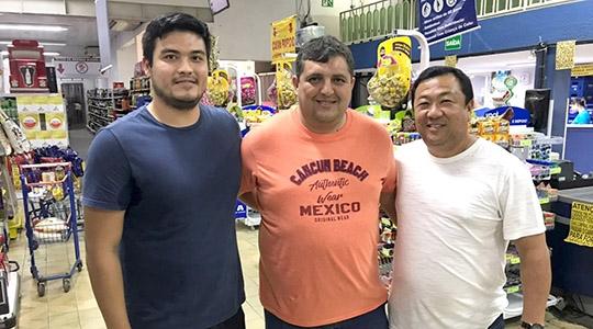 Anderson Hagui, Emerson Caires e Carlinhos Hagui, mdo Supermercado Mituo, em nova parceria para o Adamantina Rodeo Festival (Siga Comunicação)