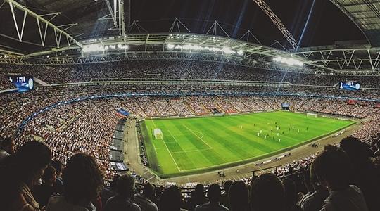 Assista futebol ao vivo e fique por dentro sobre a movimentação do seu time e todas as competições do futebol nacional e internacional (Imagem: Pixabay).