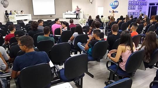Solenidade no Auditório Miguel Reale, no Câmpus II, marcou o início das atividades dos cursos de Biomedicina, Ciências Contábeis e Tecnologia em Estética e Cosmética na UniFAI (Foto: Daniel Torres).