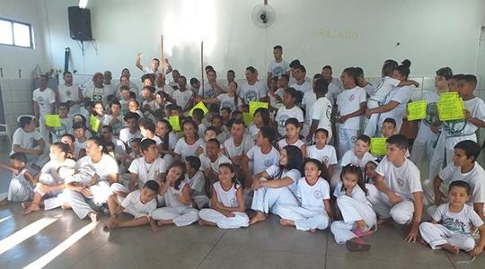 Grupo de Capoeira Estrela da Barra, de Adamantina, no evento realizado em Presidente Prudente (Fotos: Cedidas).