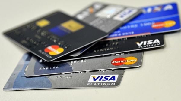 Comerciante poderá dividir as agendas de recebíveis, em lotes de dezenas ou centenas de transações, e negociar com várias instituições financeiras ao mesmo tempo, até conseguir o melhor empréstimo (Marcello Casal Jr/Agência Brasil).