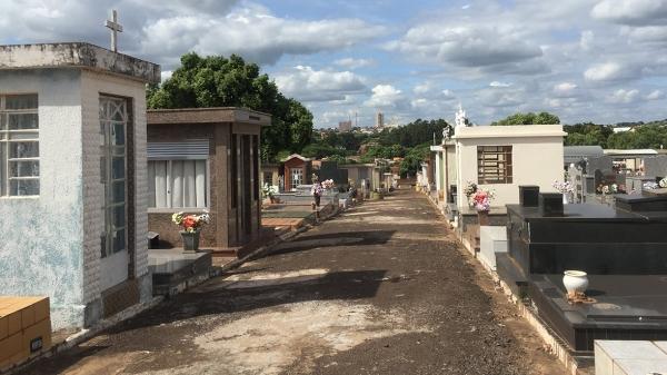 Visitação ao cemitério de Adamantina fica suspensa no fim de semana do Dia dos Pais (Arquivo/Siga Mais).
