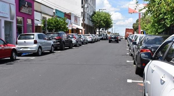 Rua Osvaldo Cruz teve trecho recapeado, no centro de Adamantina (Divulgação/PMA).
