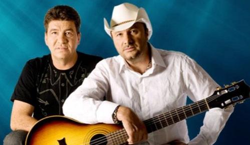 Chico Rey formou dupla com seu irmão Paraná e desde os anos 90 (Foto: Reprodução).