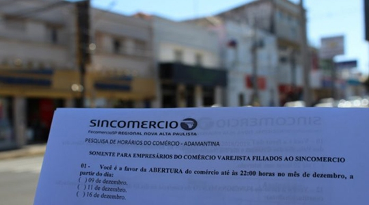 Sincomercio Nova Alta Paulista inicia aplicação de questionários na área central de Adamantina (Foto: Divulgação).