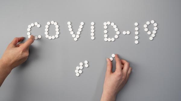 Medida da Anvisa pretende evitar venda indiscriminada e garantir medicamentos àqueles que têm prescrição médica pelos mesmos (Foto: Cottonbro/Pexels).