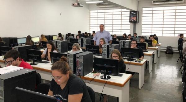 Vice-reitor da UniFAI, Prof. Dr. Fábio Alexandre Guimarães Botteon, acompanhou a realização do Exame (Foto: UniFAI).