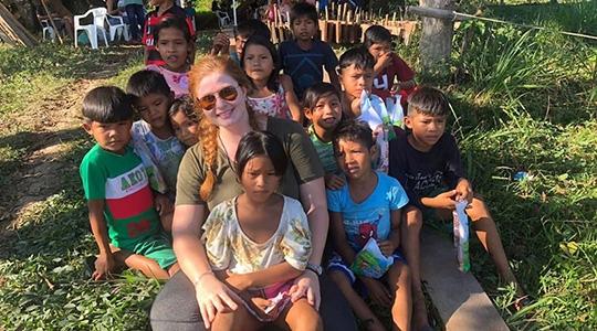Mariana Cristina Ricci, do 6º termo de Medicina, participou pela primeira vez do projeto Doutores Sem Fronteiras, que leva atendimento médico e odontológico a comunidades ribeirinhas da Amazônia (Acervo Pessoal).