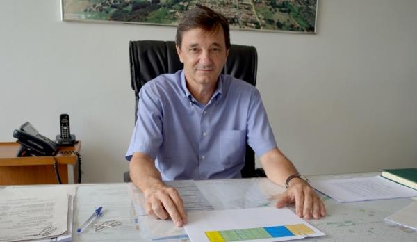 Com contas rejeitadas pela Câmara, ex-prefeito Ivo Santos fica inelegível (Foto: Arquivo).