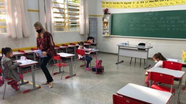 Educação municipal de Adamantina anuncia retomada das aulas presenciais para a primeira segunda-feira de agosto (Divulgação/PMA).
