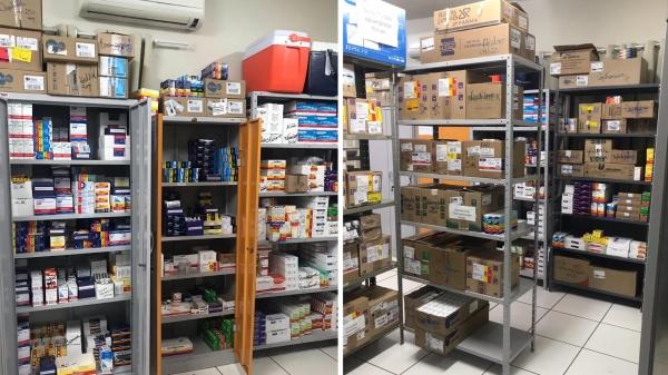 Com estoque em dia, farmácia municipal volta a atender no Centro de Saúde (Fotos: Cedidas).