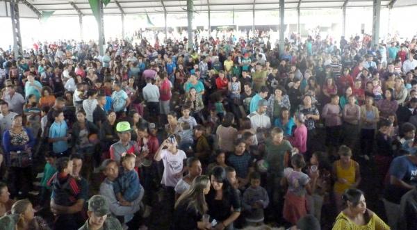 Centenas de pessoas participam todos os anos da tradicional Festa do Guaraná, promovida pelo Lions Clube de Adamantina (Assessoria de Imprensa).