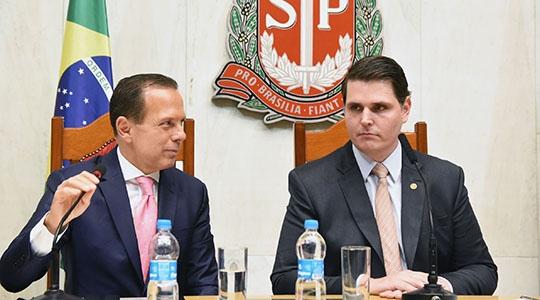 Governador João Dória e o presidente da Assembleia Legislativa, Cauê Macris (Foto: Alesp).
