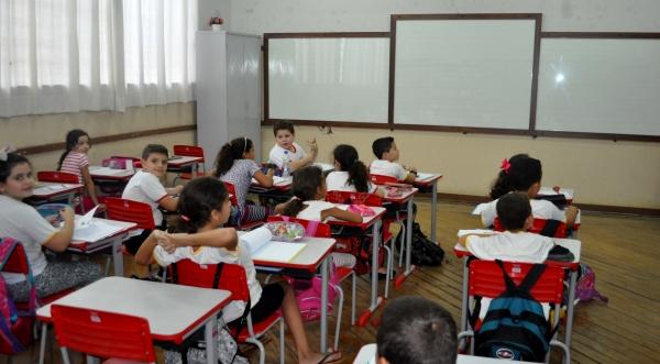 Na EMEF Navarro de Andrade foram instaladas 8 lousas de vidro (Da Assessoria).