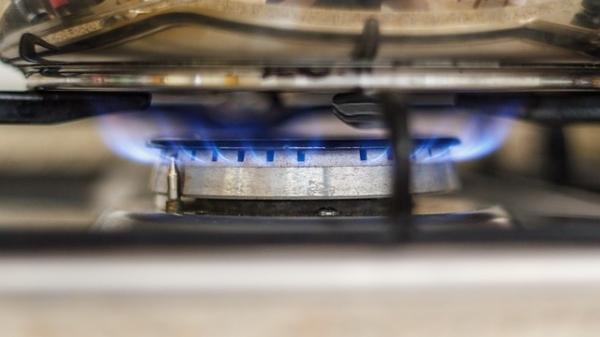 Proposta quer auxiliar famílias em vulnerabilidade social na compra do gás de cozinha (Imagem de meineresterampe/Pixabay).