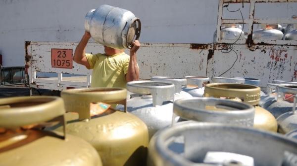 Segundo a Petrobras, o gás de cozinha não era reajustado há 95 dias (Foto: Pedro Ventura/ Agência Brasília).