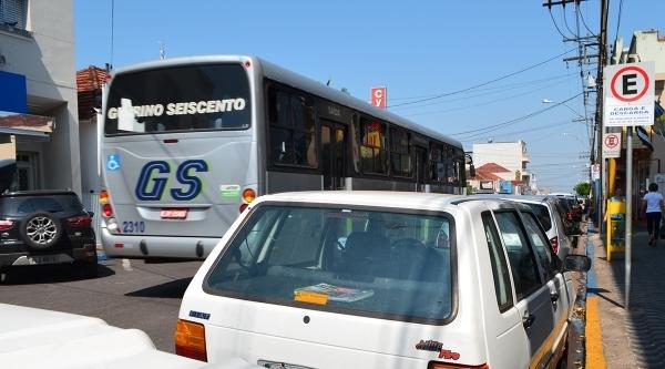 Sem a participação de empresas na licitação, situação do transporte coletivo urbano é indefinida em Adamantina (Arquivo/Siga Mais).