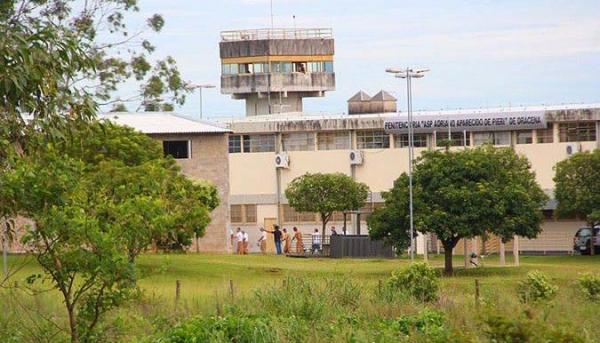 A penitenciária de Dracena abrigava até o último dia 6, 1.642 presos: 798 acima da capacidade (Foto: Lucas Mello/JR).