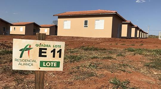 Casas do segundo módulo 100% concluídas antes do prazo serão entregues aos novos moradores (Foto: Siga Mais).