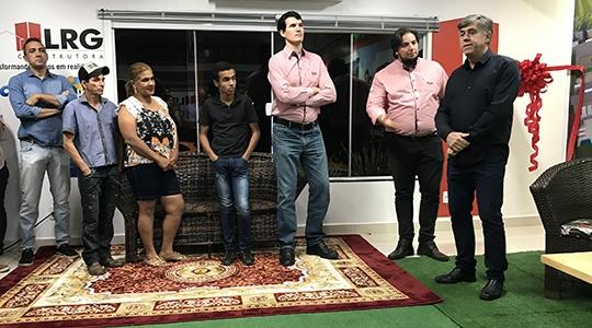 Prefeito Márcio Cardim, no lançamento do Condomínio Residencial EcoVille II (Foto: Siga Mais).