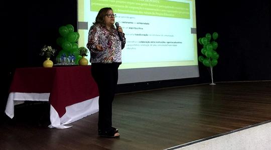 Educadora portuguesa Fátima Pacheco volta a Adamantina nesta semana, para nova palestra dirigida a pais, educadores, psicólogos, estudantes e áreas afins (Arquivo/Siga Mais).
