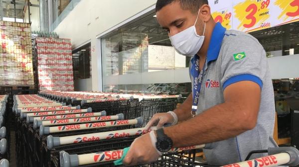 Supermercado Sete: todos os protocolos sanitários para Covid-19 implantados há mais de um ano foram mantidos e aperfeiçoados, para segurança dos colaboradores e clientes (Fotos: Siga Mais).