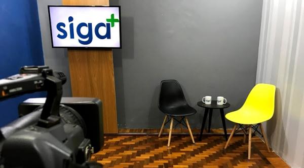 Jornal Siga Mais será transmitido ao vivo, de segunda a sexta, das 11h30 às 12h30 (Divulgação).