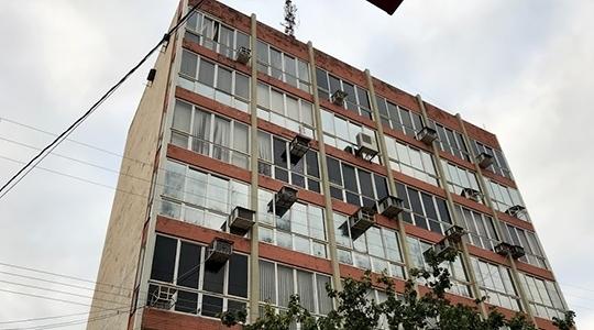 Energia elétrica será suspensa no centro, na próxima quarta-feira, a partir das 7h da manhã, para obras de recuperação da fachada do Paço Municipal (Foto: Siga Mais).