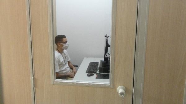 Atendimentos médicos ocorrem nas salas de teleconferência, nas unidades prisionais (Divulgação/SAP).